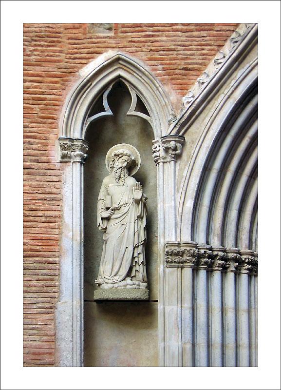 http://laurent.ba.free.fr/2bgal/img/Toulouse/Taur.jpg